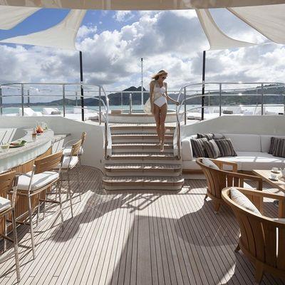 Seanna Yacht Bar/Jacuzzi