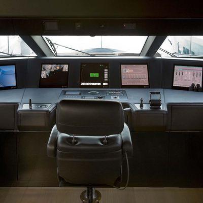4A Yacht Wheelhouse