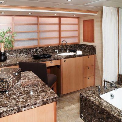 Envy Yacht Master Bathroom - Detail