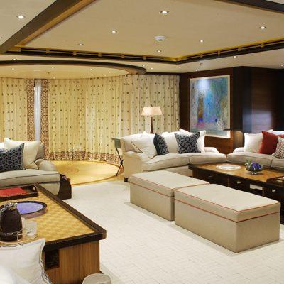 Baton Rouge Yacht Lounge