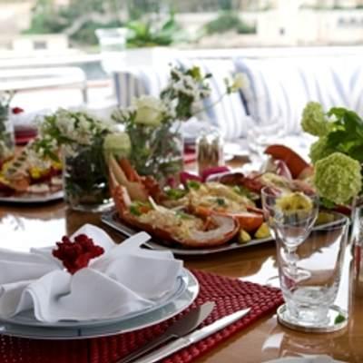 Balaju Yacht Bridge Deck Dining - Detail