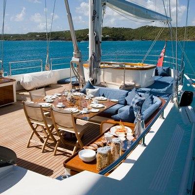 Antara Yacht Flybridge