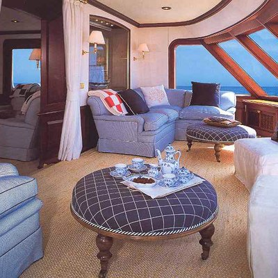 Virginian Yacht Private Lounge