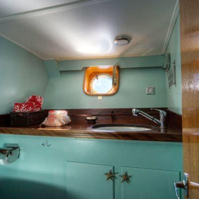 Deramore Yacht