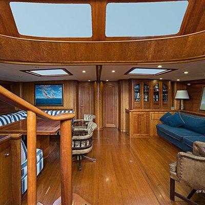 Bolero Yacht