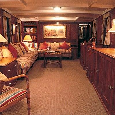 Fair Lady Yacht Salon - Overview