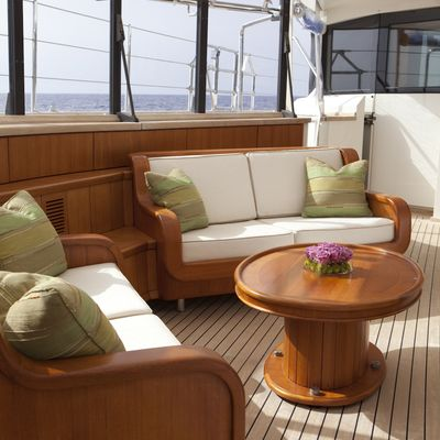 Luna Yacht Exterior Seating