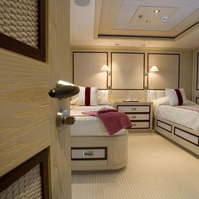 Odessa Yacht Twin Stateroom