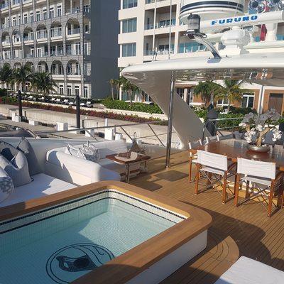 Sealyon Yacht