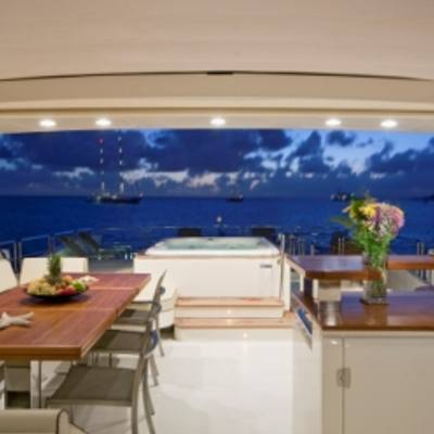 Andreika Yacht Sundeck - Night