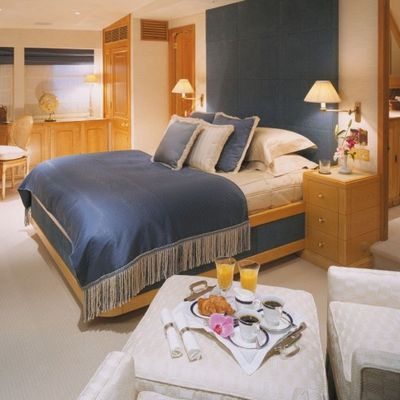 The Goose Yacht Master Stateroom