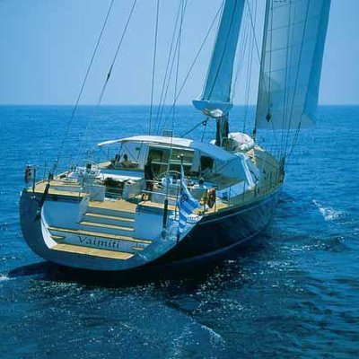 Vaimiti Yacht Stern