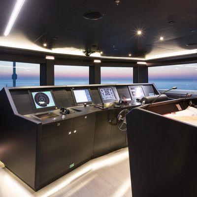 Ocean Paradise Yacht Cockpit