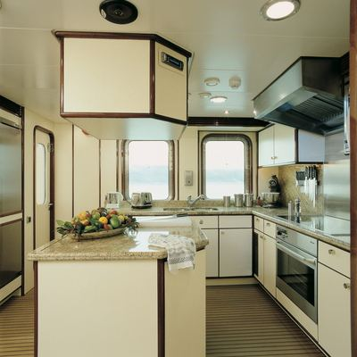 RH2 Yacht Galley