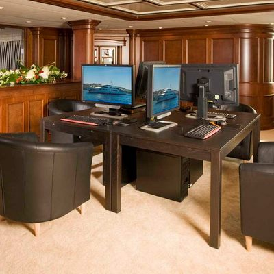 Nomad Yacht Entertainment Centre - Overview
