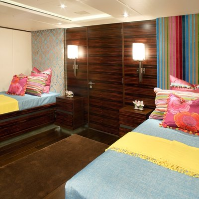 Inception Yacht Twin Stateroom