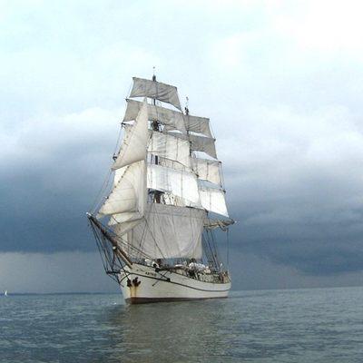Astrid Sailing
