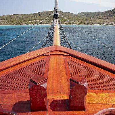 Iraklis L Yacht Bow