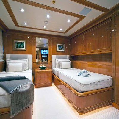 Olmida Yacht Twin Stateroom