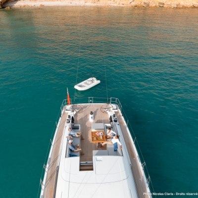 Leo Yacht