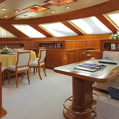 Principessa Vaivia Yacht Fwd Sitting and Dining Area