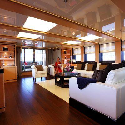 2 Ladies Yacht
