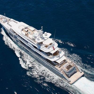 Siren Yacht Running Shot - Overhead