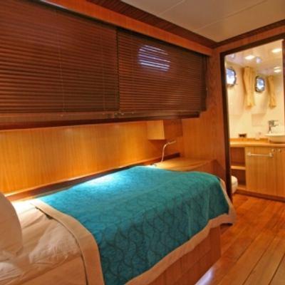 Getaway Yacht
