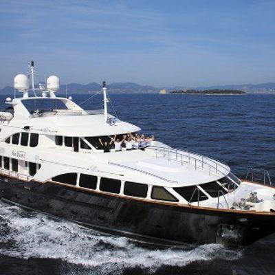 SeaBlue'Z Yacht