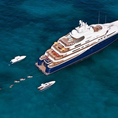 Aquila Yacht Aerial View - Towing