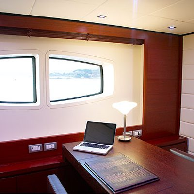 Annamia Yacht Office