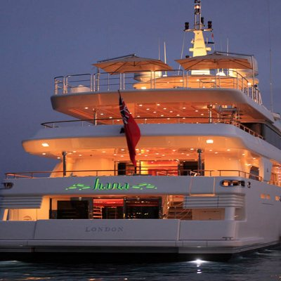 Hana Yacht Stern - Night