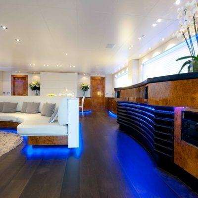 Palm B Yacht Salon - Overview