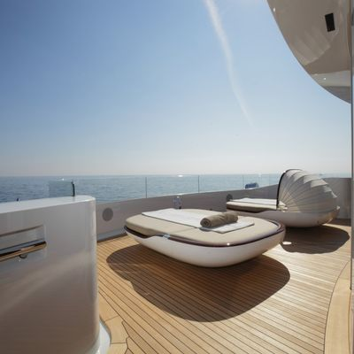 Nautilus Yacht Built-In Bimini On A Sun Lounger