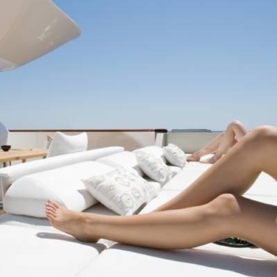 Namaste 8 Yacht Sun Beds