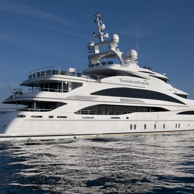 Diamonds Are Forever Yacht Running Shot - Side View