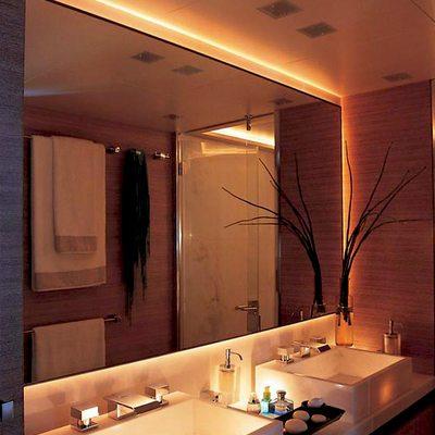 Kintaro Yacht Bathroom