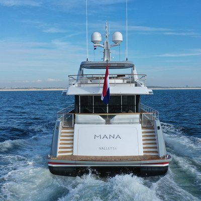 Mana I Yacht