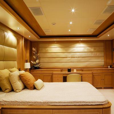 Hana Yacht Master Stateroom