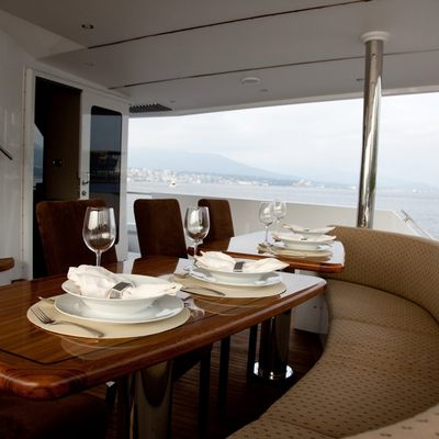 Liquidity Yacht Exterior Dining Table