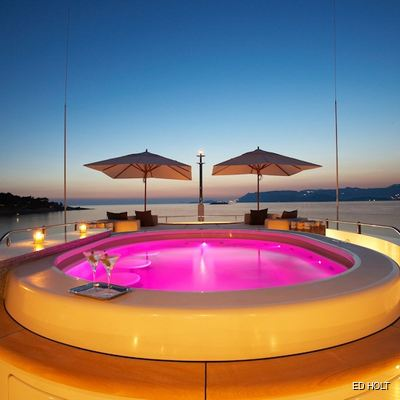 Andreas L Yacht Jacuzzi - Lights