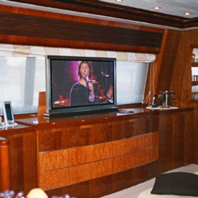 Anne Viking Yacht