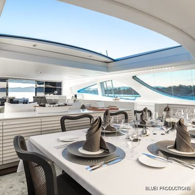 Beachouse Yacht Dining