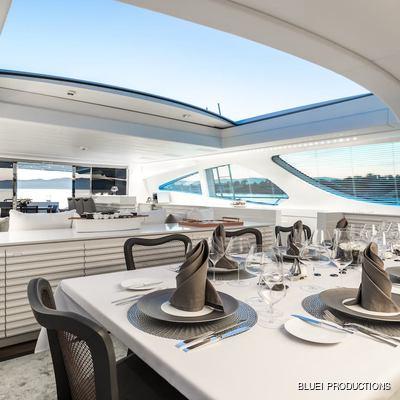 Beachouse Yacht Dining