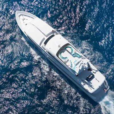 Invision Yacht