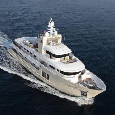 E & E Yacht Aerial View - Running Shot