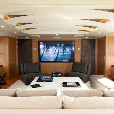 Spirit Yacht Skylounge Cinema