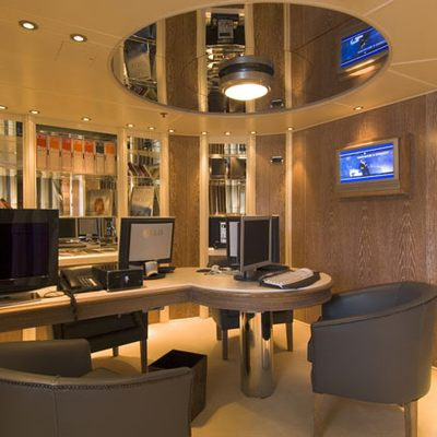 Elegant 007 Yacht Office - Overview
