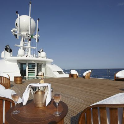 Pegasus VIII Yacht Sundeck