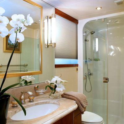 Endless Summer Yacht Guest Bathroom